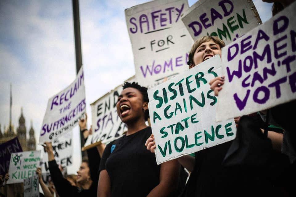 Феминизъм без граници