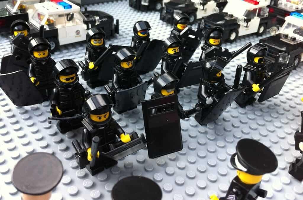 ДА и НЕ за полицията и протеста FOR DUMMIES